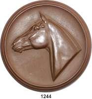 MEDAILLEN AUS PORZELLAN,Staatliche Porzellan-Manufaktur MEISSEN Meissen1939 braun (Erich Oehme).   Reliefplakette des Pferdehengstes