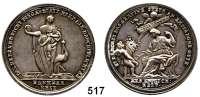 M E D A I L L E N,Religion; Liebe und Ehe Silbermedaille o.J. (um 1800).  Auf die Tugend und Dankbarkeit.  Steh. personifizierte Dankbarkeit hält die linke Hand vor ihrer unbedeckten Brust und trägt eine Münze in der Rechten, neben ihr ein Storch. / Personifizierte Erkenntlichkeit sitzt links und erhält ein Füllhorn von einem geflügeltem Engel, darüber schwebt ein zweiter Engel mit Schriftband.  38 mm.  14,55 g.  Slg. Goppel 1169.