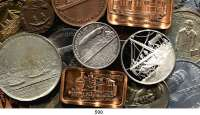 M E D A I L L E N,L O T S     L O T S     L O T S LOT von über 200 Medaillen zu verschiedenen Themen.  Eisenbahn, Schifffahrt, Luftfahrt, Post, Automobil etc.  18 bis 114 mm.