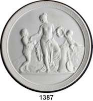 MEDAILLEN AUS PORZELLAN,Andere Hersteller ROYAL COPENHAGENEinseitige weiße Plakette.  Motiv :