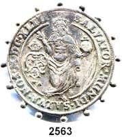 AUSLÄNDISCHE MÜNZEN,Schweden Christina 1632 - 1654Salvator-Taler 1643.  Dav. 4525.  Ahlström 15.  Rand mit aufgesetzten Kugeln, Rs. Nadel aufgelötet.