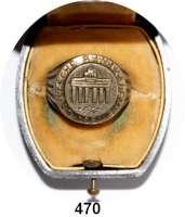 M E D A I L L E N,Städte BerlinEhrenring 1951 der Deutschen Bauakademie.  Silber (800).  Umschrift, Brandenburger Tor, darunter Zweige.  26 mm Ø  21 g.