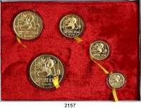 AUSLÄNDISCHE MÜNZEN,China Volksrepublik seit 19495, 10, 25, 50 und 100 Yuan 1989 P.  (zus. 59,09 g fein).  Panda mit Bambuszweig.  Schön 219 bis 223.  KM 183, 223/229.  Fb. B 4 bis 8.  SATZ 5 Stück. Jeweils in Kapsel.  Im Originaletui mit Zertifikat.