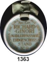 MEDAILLEN AUS PORZELLAN,Andere Hersteller Richard GinoriRunde mintgrüne glasierte Porzellanmedaille.  Um 1920.  Mit Werbung der Soc. Cer. Richard Ginori Mädlerpassage.