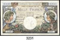 P A P I E R G E L D,AUSLÄNDISCHES  PAPIERGELD Frankreich100 Francs 13.3.1941 (leicht gebraucht) und 12.2.1942.  500 Francs 29.1.1942 (gebraucht);  1000 Francs 19.12.1940 (Büge, sonst kaum gebraucht);  10 Francs 4.6.1964 (gebraucht).  Pick 94(2), 95 b, 96 a, 147 a.  LOT 5 verschiedene Scheine.