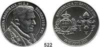 M E D A I L L E N,Religion; Liebe und Ehe Silbermedaille 2011 der Republik San Marino.  Papst Benedikt XVI.  Randpunze 986.  40 mm.  51 g.