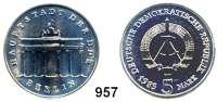 Deutsche Demokratische Republik   PP-Patina !!!!!, 5 Mark 1983     Brandenburger Tor