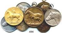 M E D A I L L E N,Landwirtschaft LOT von 8 Medaillen zum Thema Pferdezucht (meist mit Pferdemotiv).  Darunter Preismedaillen; 25 Jahre Reichsverband... 1930; Landwirtschaftskammer für Anhalt.  40 bis 60 mm Ø