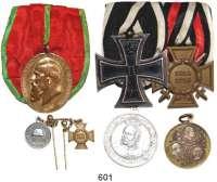 Orden, Ehrenzeichen, Militaria, Zeitgeschichte,Deutschland L O T S      L O T S      L O T S10 Auszeichnungen, 2 Miniaturen, 4 Bandschleifen und 3 Medaillen.  LOT 19 Teile.