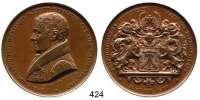 M E D A I L L E N,Städte StralsundBronzemedaille 1837 (Held).  Auf das 50jährige Amtsjubiläum des Bürgermeisters David Lukas Kuehl (1752-1837), gewidmet vom Rat und der Bürgerschaft der Stadt.  Brustbild n. l. / Behelmtes Stadtwappen von einem Löwen und einem Greif gehalten.  47,6 mm.   56,77 g.  Endrußeit 61 c.  Diese Medaille wurde durch den Tod des Bürgermeisters vor seinem Amtsjubiläum nicht mehr ausgegeben.