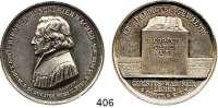 M E D A I L L E N,Personen Schleiermacher, Friedrich DanielSilbermedaille 1834 (Held).  Auf seinen Tod.  Brustbild n. l. / Aufgeschlagenes Buch auf Quader mit 3 Textzeilen.  42,6 mm.  27,85 g.