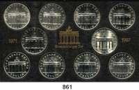 Deutsche Demokratische Republik   PP-Patina !!!!!, 5 Mark 1971 bis 1987.  Brandenburger Tor  SATZ 10 Stück mit 1983 und 1985  Im Originalrahmen.