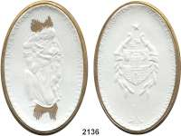 PORZELLAN  SPENDEN - MEDAILLEN,Staatliche Porzellan-Manufaktur MEISSEN Glauchau o.J.(1923) weiß, Rand und Strahlenbündel gold. Dem edlen Menschenfreund.  Gipsform.