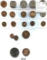 AUSLÄNDISCHE MÜNZEN,Guernsey  1 Double 1885, 1903, 1911, 1914, 1938; 2 Doubles 1885, 1902, 1920; 4 Doubles 1920; 8 Doubles 1889, 1949, 1966 und 8 moderne Münzen.  LOT 20 Stück.