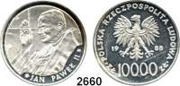 AUSLÄNDISCHE MÜNZEN,Polen Volksrepublik 10.000 Zlotych 1988.  Papst Johannes Paul II. bei der Segnung.  Fischer K 065.  Schön 179.  KM 179.