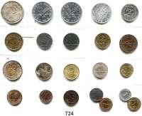 R E I C H S M Ü N Z E N,L O T S     L O T S     L O T S  Typensammlung von 22 Münzen.  Jaeger 297 bis 321.  Darunter 50 Pfennig 1919 E; 50 Rentenpfennig 1924 J; 1 Mark 1924 A; 2 Reichsmark 1926 D und 3 Reichsmark 1925 A