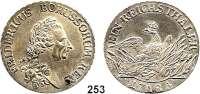 Deutsche Münzen und Medaillen,Preußen, Königreich Friedrich II. der Große 1740 - 1786 Taler 1785 A, Berlin.  22,04 g.  Kluge 123.5.  v.S. 471.  Olding 70.  Dav. 2590.