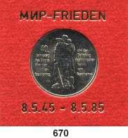 Deutsche Demokratische Republik,  10 Mark 1985.   40. Jahrestag der Befreiung vom Faschismus.  Im Münzrahmen mit goldener Aufschrift