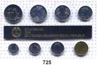 Deutsche Demokratische Republik,K U R S S Ä T Z E  Minisatz 1990.  1 Pfennig bis 2 Mark und Medaille