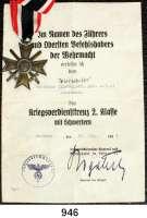 Orden, Ehrenzeichen, Militaria, Zeitgeschichte,Deutschland Drittes Reich Kriegsverdienstkreuz 2. Klasse mit Schwertern. Zink bronziert.  Dazu die Urkunde vom 29. August 1944 Hamburg.