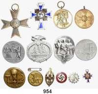Orden, Ehrenzeichen, Militaria, Zeitgeschichte,Deutschland Drittes Reich LOT von 14 verschiedenen Auszeichnungen/Abzeichen.  Darunter kleines Parteiabzeichen (18 mm).