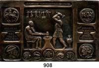 M E D A I L L E N,Numismatik  Einseitige Bronzeplakette o.J.  ANTIKE MÜNZPRÄGUNG.  Zwei antike Arbeiter bei der Hammerschlagprägung umgeben von antiken Münzmotive.  81 x 51 mm.  140,8 g.
