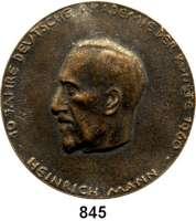 M E D A I L L E N,Personen Mann, Heinrich Bronzegußmedaille 1960.  10 Jahre Deutsche Akademie der Künste.  Auf den 1. Präsidenten der Akademie Heinrich Mann.  72 mm.  141,4 g.