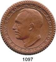 MEDAILLEN AUS PORZELLAN,Staatliche Porzellan-Manufaktur MEISSEN Hildesheim 1933 braun.  50 Jahre Dr. med. Bonhoff.