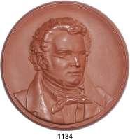MEDAILLEN AUS PORZELLAN,Moderne Medaillen - Staatliche Porzellanmanufaktur MEISSEN Meissen Braune Medaille 1962 (147 mm).  Neuprägung der Medaille von 1940.  Franz Schubert.  W. 4322.  Vgl. Scheuch 2100.a.