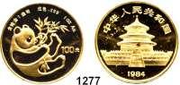 AUSLÄNDISCHE MÜNZEN,China Volksrepublik seit 1949 100 Yuan 1984.  (1 UNZE 31,1g fein).  Liegender Panda mit Bambuszweig.  Schön 82.  KM 91.  Fb. B 4.  Verschweißt.  GOLD