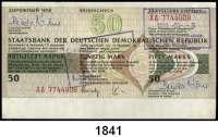 P A P I E R G E L D,D D R  Reiseschecks zu 50 Mark (eingelöst, wenig gebraucht, 20x), 200 Mark (blanko, fast kassenfrisch, 15x) und 500 Mark (blanko, fast kassenfrisch, 20x)  LOT 55 Stück.