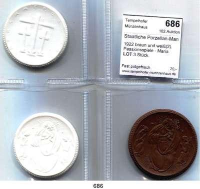PORZELLAN  SPENDEN - MEDAILLEN,Staatliche Porzellan-Manufaktur MEISSEN Oberammergau 1922 braun und weiß(2).  Passionsspiele - Maria.  LOT 3 Stück.
