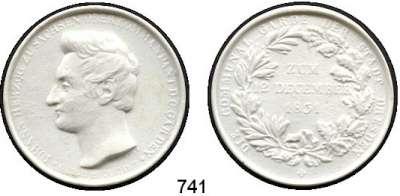 MEDAILLEN AUS PORZELLAN,Staatliche Porzellan-Manufaktur MEISSEN Dresden 1831 weiß.  Johann Herzog zu Sachsen.  Porzellanabschlag der Medaille.