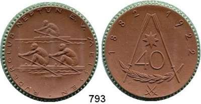 MEDAILLEN AUS PORZELLAN,Staatliche Porzellan-Manufaktur MEISSEN Meissen 1922 braun, Rand grün.  40 Jahre Ruderclub Neptun.