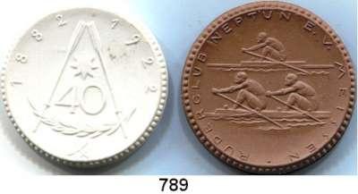 MEDAILLEN AUS PORZELLAN,Staatliche Porzellan-Manufaktur MEISSEN Meissen 1922 braun und weiß.  40 Jahre Ruderclub Neptun.  LOT 2 Stück.