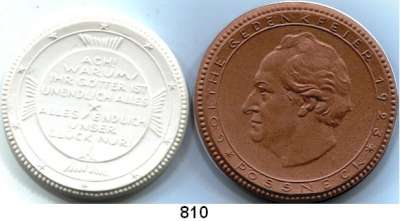 MEDAILLEN AUS PORZELLAN,Staatliche Porzellan-Manufaktur MEISSEN Pössneck 1923 braun und weiß.  Goethe-Gedenkfeier.  LOT 2 Stück.