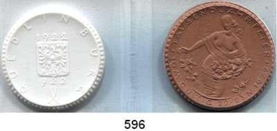P O R Z E L L A N M Ü N Z E N,S T Ä D T E M Ü N Z E N Quedlinburg 10 Mark 1922 braun und weiß.  Menzel 21008.1 und 8.  LOT 2 Stück