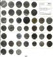 Notmünzen; Marken und Zeichen,0 L O T S     L O T S     L O T S LOT von 40 meist verschiedenen Notmünzen.  Meist Privatnotgeld.