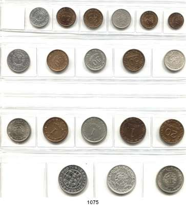 AUSLÄNDISCHE MÜNZEN,Moçambique  Typensammlung von 19 verschiedenen Münzen.  Darunter 4 Silbermünzen.