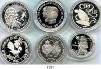 AUSLÄNDISCHE MÜNZEN,L  O  T  S     L  O  T  S     L  O  T  S  Ascension Islands, 25 Pence 1981; Liberia, 10 Dollars 2001; Mauritius, 10 Rupien 1981; Niue, 5 Dollars 1992; Samoa, 10 Tala 1986 und Seychellen, 10 Rupien 1974.  LOT 6 Silbermünzen.
