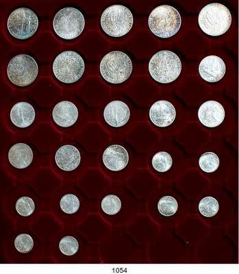 AUSLÄNDISCHE MÜNZEN,Kuba  50 Jahre Republik Kuba.  10, 20 und 40 Centavos 1952 (jeweils 9 Stück).  Schön 21 bis 23.  KM 23 bis 25.  LOT 27 Stück.