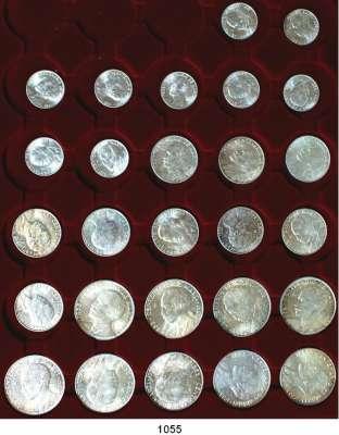 AUSLÄNDISCHE MÜNZEN,Kuba  100. Geburtstag von José Marti.  25, 50 Centavos und 1 Peso 1953 (jeweils 9 Stück).  Schön 25 bis 27.  KM 27 bis 29.  LOT 27 Stück.