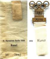 M E D A I L L E N,Olympiade Berlin 1936 Teilnehmerabzeichen Nr. 7092 (Bronze)  42/25 x 100 mm.  Weißes Band mit Aufschrift