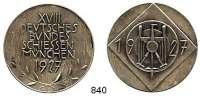 M E D A I L L E N,Schützen München Silbermedaille 1927 (950/ Carl Poellath, Schrobenhausen).  18. Deutsches Bundesschießen.  Steulmann XVIII, 2 30.  40,5 mm.  30,63 g.