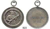 M E D A I L L E N,Schützen Eisenach Silbermedaille 1929 (Oertel).  Prämie der Schützengilde.  Schütze mit Armbrust./ 3 Textzeilen.  Punze im Feld 990.  40,2 mm.  23,46 g.