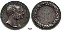 M E D A I L L E N,Personen Wilhelm_I. von Preussen Silbermedaille 1932 (Kullrich).  Geschenkmedaille für Mitglieder einer Freimaurerloge zur Silbernen Hochzeit.  Köpfe des Kaiserpaares n. r. / Kranz mit Gravurfeld :