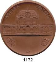 MEDAILLEN AUS PORZELLAN,Staatliche Porzellan-Manufaktur MEISSEN Dresden o.J.(1960) braun (84 mm).  Sportehrenpreis des DTSB.