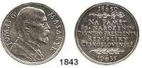 AUSLÄNDISCHE MÜNZEN,Tschechoslowakei Republik, 1918 - 1939 Silbermedaille 1935 (O. Spaniel, geprägt in Kremnitz, 987 fein).  Auf Präsident Masaryk zu seinem 85. Geburtstag.  31,9 mm.  14,95 g.