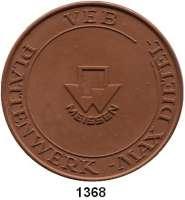 MEDAILLEN AUS PORZELLAN,Staatliche Porzellan-Manufaktur MEISSEN Meissen 1963 braun (65 mm).  100 Jahre Meissner Ofenkacheln.  VEB Plattenwerk