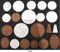 MEDAILLEN AUS PORZELLAN,Staatliche Porzellan-Manufaktur MEISSEN L O T S      L O T S      L O T S LOT von 21 verschiedenen Medaillen zum Thema